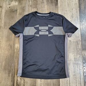 Under armour shirt youth M